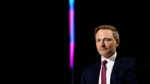 FDP-Chef Christian Lindner auf dem Parteitag in Berlin (EPA)