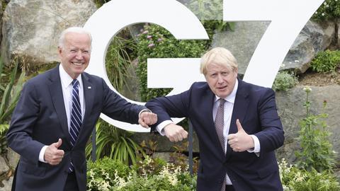 US-Präsident Biden und der britische Premierminister Johnson vor dem G7-Treffen in Cornwall (dpa)