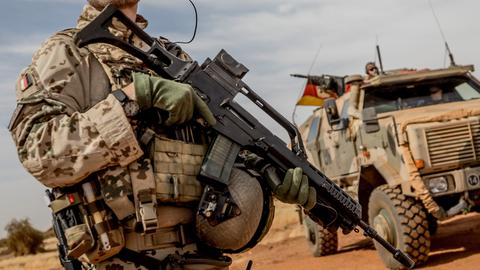 Ein Bundeswehr-Soldat der Mission MINUSMA in Mali (dpa)