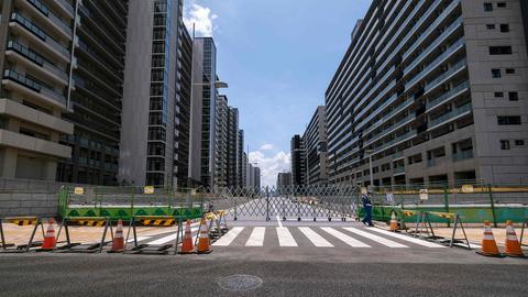 Blick auf das leere olympische und paralympische Athletendorf in Tokio. (AFP)