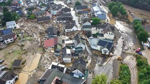 Luftbild des Ortes Schuld nach dem Hochwasser (dpa)