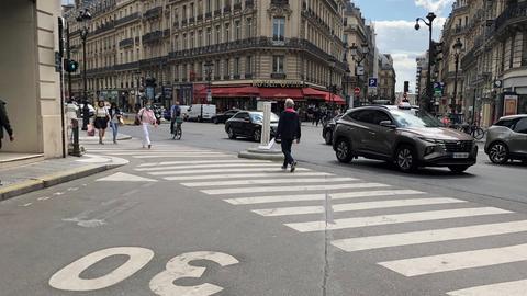 Paris (dpa)