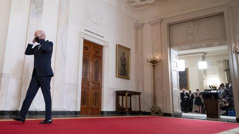 US-Präsident Biden nach seiner Rede zum Truppenabzug aus Afghanistan (AP)