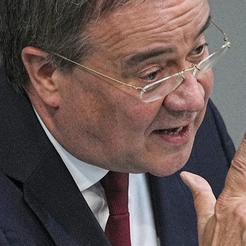 Armin Laschet im Bundestag (dpa)