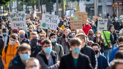 "Eine ""Fridays for Future""-Demonstration in Bremen. (dpa)"