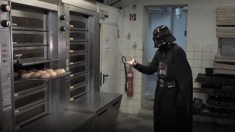 Darth Vader vor Brotofen
