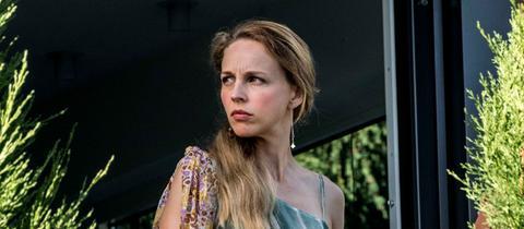 """Schauspielerin Petra Schmidt-Schaller im ARD-Film """"Ich war eine glückliche Frau""""."""