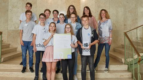 """""""school.fm 2018"""": """"Kopernikus.fm"""" der Kopernikusschule gewann den Preis für  """"Radiophone Formenvielfalt""""."""