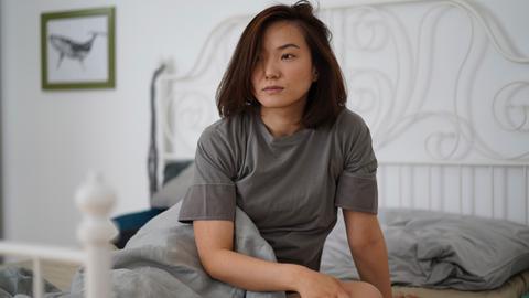 """Serie """"Kontaktlos"""": Ariana Gansuh in der Rolle der Felina"""
