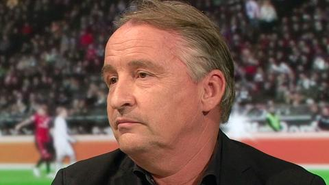 """Ex-Bundesligaschiedsrichter Lutz Wagner im """"Heimspiel!"""" im hr-fernsehen"""