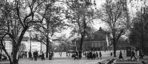 Historische Aufnahme des Kasseler Friedrichsplatzes aus der Sammlung Eberth