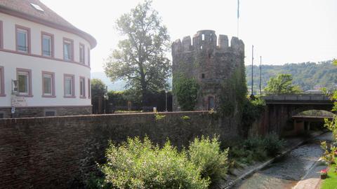 """Der mittelalterliche Wehrturm """"Strunk"""" in Lorch"""