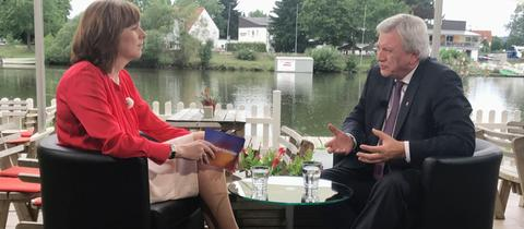 Volker Bouffier im Gespräch mit Ute Wellstein