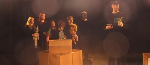 """Szene aus dem Stück """"Grenzen-Los"""", Velvets Theater/Wiesbaden"""