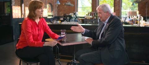 Ute Wellstein im Sommerinterview mit Volker Bouffier (CDU)