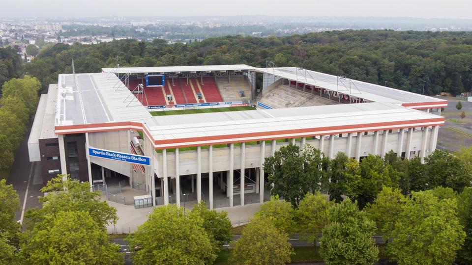 Das Stadion von Kickers Offenbach von einer Drohne fotografiert