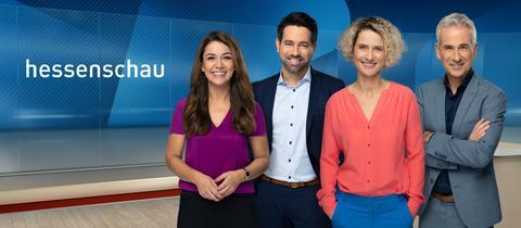 Das Moderationsteam der Hessenschau: Hülya Deyneli, Daniel Johé, Kristin Gesang und Andreas Hieke.