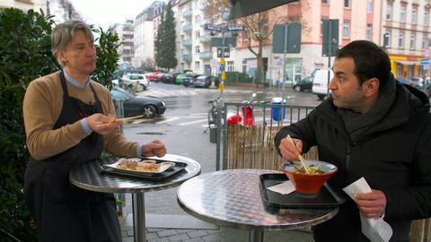 Ali Güngörmüs und der Gyosa-Fachmann Ludovic Levoux (li.).
