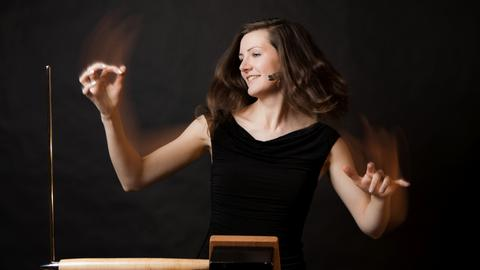 Thereminspielerin Carolina Eyck