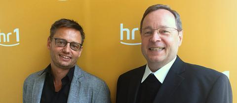 Georg Bätzing (r.) und hr1-Moderator Uwe Berndt