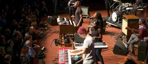 48. Deutsches Jazzfestival Frankfurt: Cory Henry & The Funk Apostles