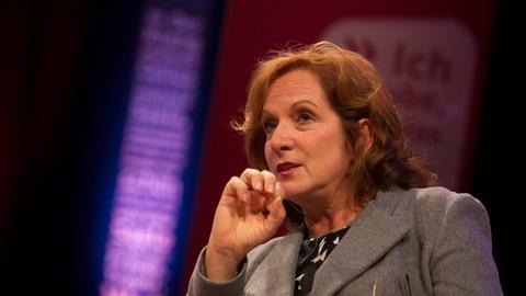 Moderiert die hr-Hörbuchnacht: Manuela Reichart