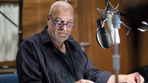 """""""Die Katze und der General"""": Peter Kaempfe spricht den General"""