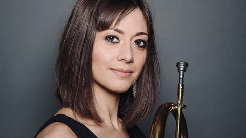 Die britisch-bahrainische Trompeterin Yazz Ahmed