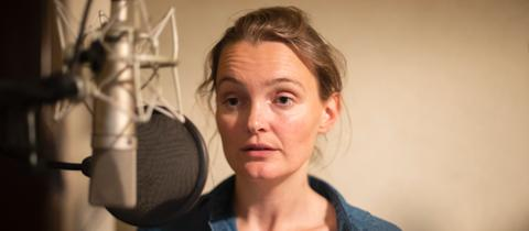 """Jane Austen """"Verstand und Gefühl"""" Birte Schnöink als Elinor Dashwood"""