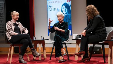 Regisseurin Luise Voigt und Sprecherin Nicole Heesters