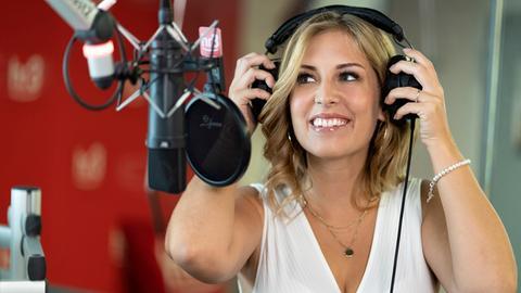 hr3-Moderatorin Kate Menzyk