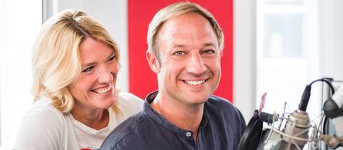 Die hr3-Moderatoren Tanja Rösner und Tobi Kämmerer