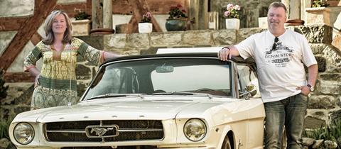 Das Ford Mustang T5 Cabriolet aus Grünberg ist hr4 Oldtimer des Monats Mai