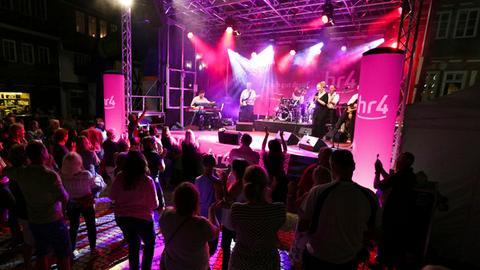 """""""Welcome Party"""" bei der hr4-Radtour."""