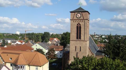 Die evangelische St. Thomaskirche in Frankfurt-Heddernheim