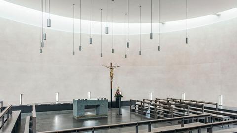 Die Seminarkirche der Philosophisch-Theologischen Hochschule Sankt Georgen in Frankfurt am Main
