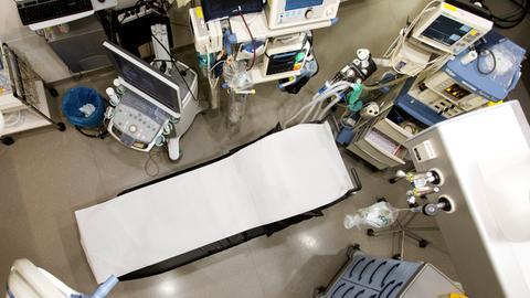Medizintechnik im Visier von Hackern? Der Schockraum im Agaplesion Evangelisches Krankenhaus Mittelhessen