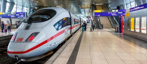 ICE 3 der Deutschen Bahn