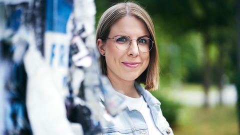 """Einer der beiden Köpfe von """"Das F-Wort - der Empowerment-Podcast für Frauen"""" - Ann-Kathrin Rose."""