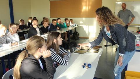 Die COME ON-Tour startet an der Butzbacher Weidigschule.