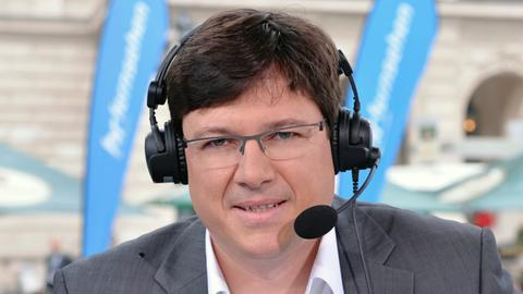 hr-Kommentator Florian Naß berichtet von seinen Vorbereitungen für das Radrennen am 1.Mai.