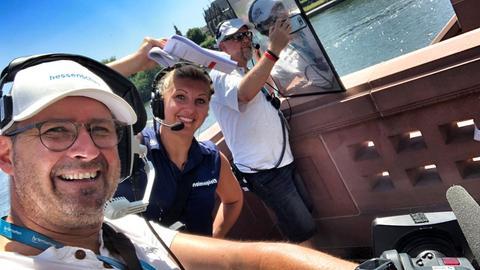 Selfie von Lukas Lowak, Franziska Oelmann und Mike Dietrichs hinter den Kulissen des Ironman.