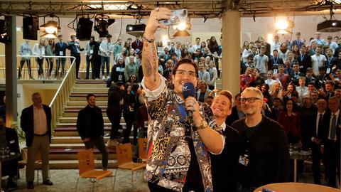 YOU FM-Reporter, YOU FM-Moderator Timo Killer und Tom Klein
