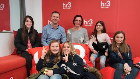 Schülerinnen zu Besuch bei hr3