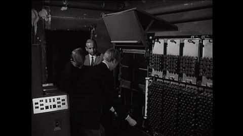 Archivschätze: Computer-AG in der Oranienschule 1966