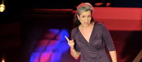Frau Sturm auf der Bühne