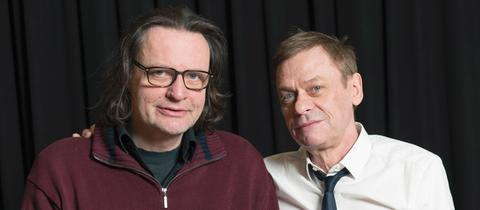 Ulrich Lampen (li., Regie) und Sylvester Groth (Sprecher).
