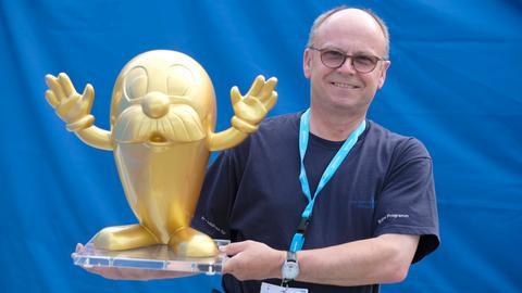 Norbert Waas mit dem Goldenen Onkel Otto