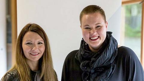 Klaudija Schnödewind und Laura M. Schwengber