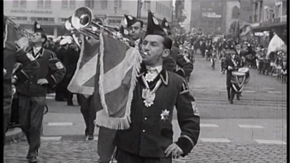 Video Beitrag Aus Der Ersten Hessenschau Aufmarsch Der